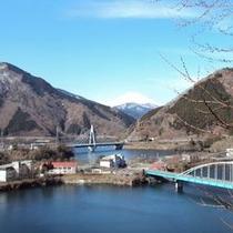 【丹沢湖から見える富士山】この景色は圧巻ですね。是非、一度ご観賞下さい。
