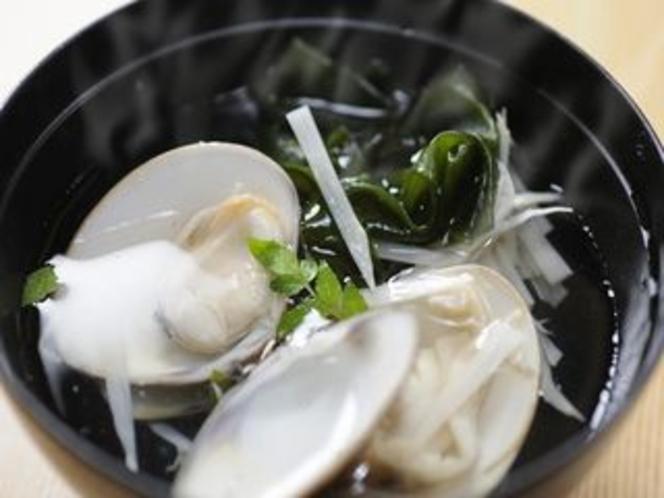 竹の子と蛤のお吸物