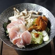 越の地鶏と茸鍋