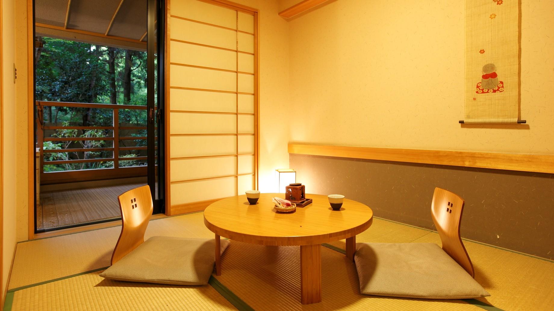 【新館:水花の庄/和洋室35m2】ベット2台+6畳和室。