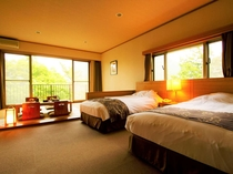 高さのあるベッドを2台備えており、ゆったりと寛ぎのひとときをお過ごしいただけます。