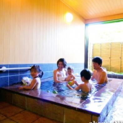 夏休み客室数限定【ナイトプール&部屋食が人気♪ファミリープラン】