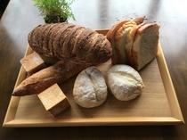 日替わり朝食のパン達