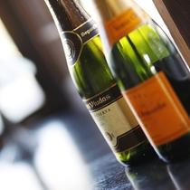 ■ワインほか各種アルコール類も取り揃えております