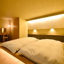 Aタイプ寝室(半露天風呂付き客室)