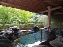 露天風呂「蛍の湯」
