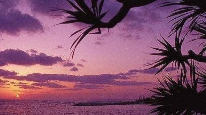 【9・10月限定】GOGO!ラストサマーin沖縄♪100平米スイートでお得に最長24hステイ<素泊>