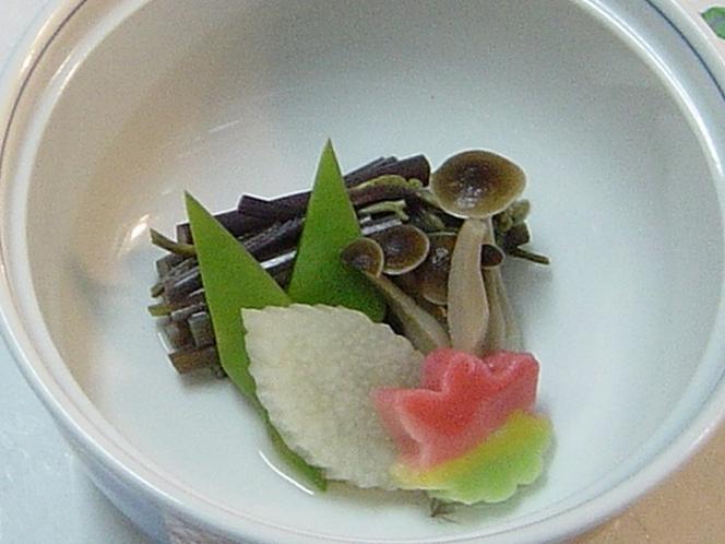 山の幸会席 山菜創作料理例