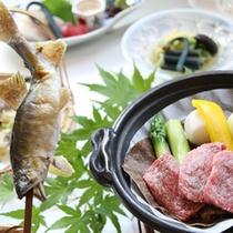 新鮮な川魚とA5等級飛騨牛の朴葉味噌焼き(一例)
