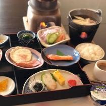 朝食 和食膳一例