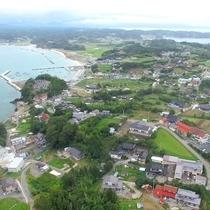 【ドローン】泊崎半島、45号線から車で5分ほどで宿に到着いたします。お気をつけてお越しくださいませ