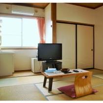 【ビジネス和室2人部屋】洗面台つきのお部屋です。『6畳』『喫煙』
