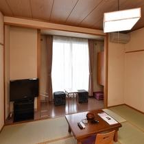 【本館】和室(1~4名)Wi-Fi完備(バス・トイレ付)<山側>