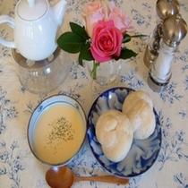 朝食スープ・パン