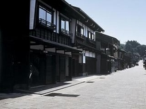八尾諏訪町通り