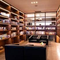 【のぐち文庫】多数の蔵書を揃えております。お部屋へもご自由にお持ちください