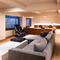 【エグゼクティブスイート国内外のVIPにも宿泊頂いた当館最上級のお部屋タイプです。広さは100平米。