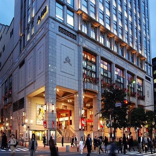 (1)地下鉄中洲川端駅7番出口を出て左へGO!1つ目の信号を左へ(土居通り)