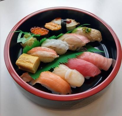 【銀のさらコラボ!】お一人様3000円相当の寿司セット<雅>◆彩り豊かな朝食無料サービス◆◆