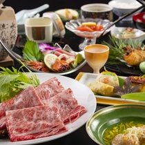 長野県産和牛を味わう「すき焼き鍋」御膳。ご当地各種のお料理を織り交ぜご用意いたします