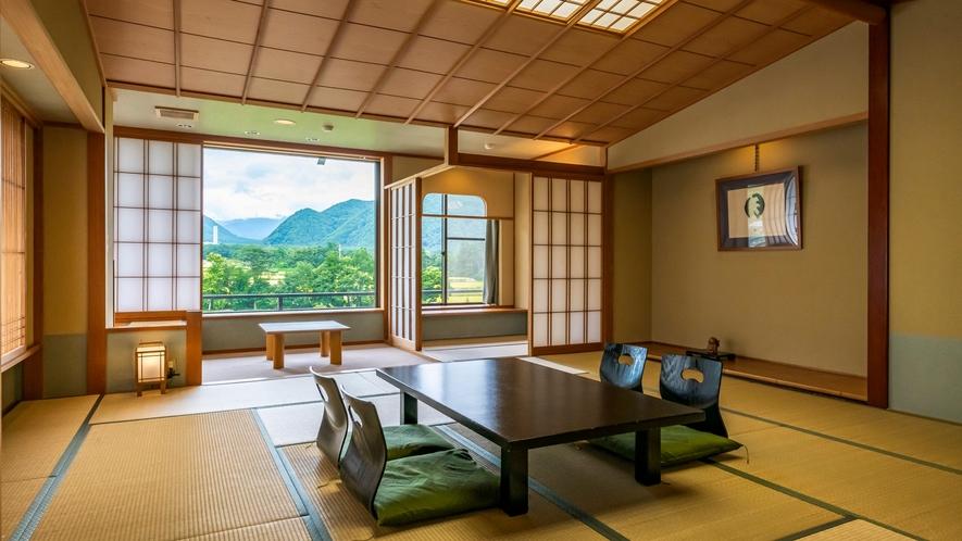 【葵館和室】美しい山並みとのどかな景色が広がる、眺望お勧めの葵館