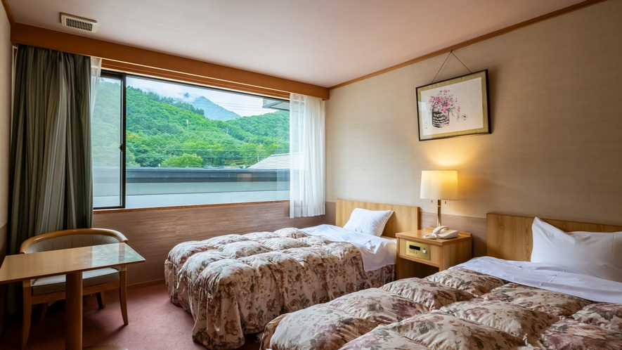 【葵館ツイン】ツインベッドのある静かにゆったりとお寛ぎ頂けるお部屋です。
