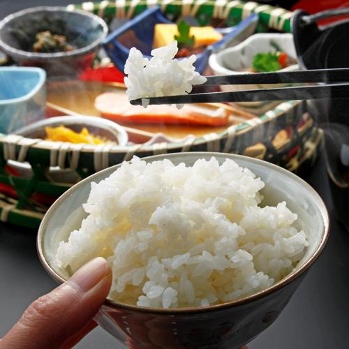 【朝食】炊きたてのホカホカごはんがたまらない!安曇野産のお米をどうぞ。