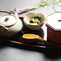 ■【御飯】お茶漬け
