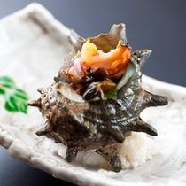 【プラン&別注料理】サザエの壺焼き