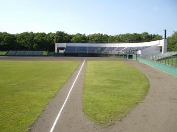 千歳青葉総合公園 (写真は野球場)