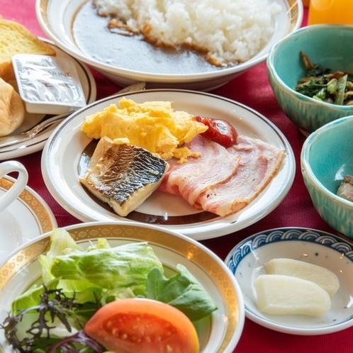 【朝食バイキング】レストランクレドールにて(7:00~9:30)※状況により内容が変わる場合がござい