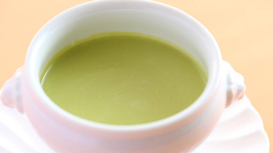 ■スタンダードプラン ある日のお料理一例 軽井沢の爽やかな森林を思わせるスープ