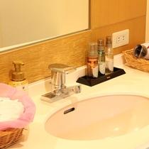 【大浴場】女性脱衣所のアメニティ