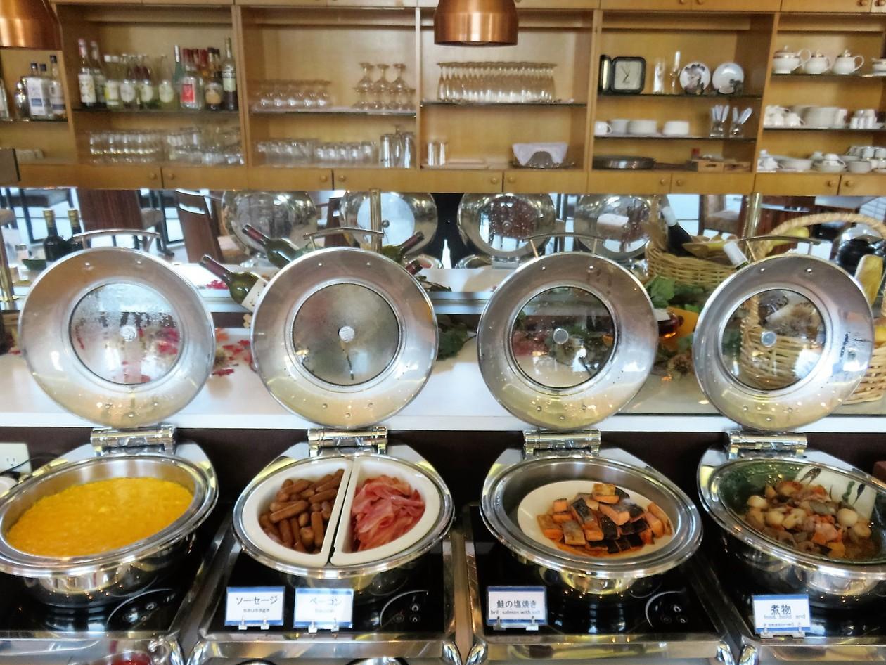 〜ご朝食<バイキング>〜お料理一例