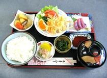 日替り定食 700円(お昼の営業時間のみ)