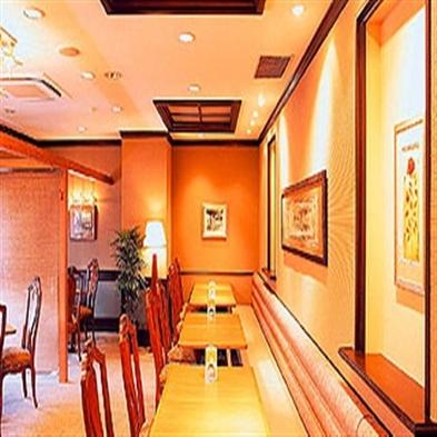 【1泊2食付】ホテルでのんびり!お手軽内容の夕食(中華セット)と朝食付