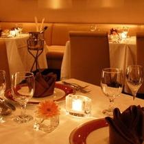 レストラン「シャングリ・ラ」 テーブルセット一例