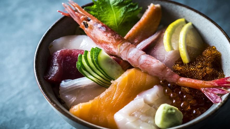 【ランチ・ディナー】海鮮丼