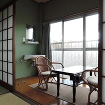 【お部屋】おまかせ和室*寛ぎスペースもございます