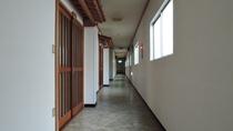 *【施設】館内 2階廊下