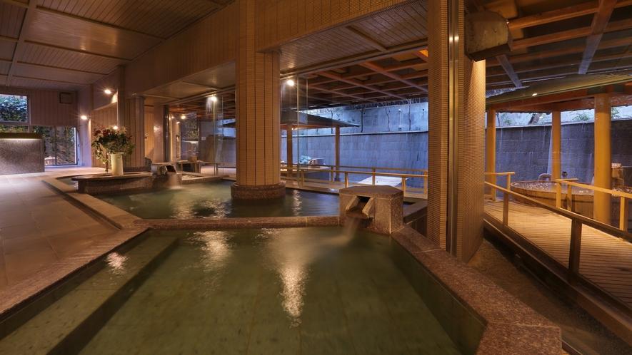 大浴場「白糸の美肌湯」_内風呂(夜)