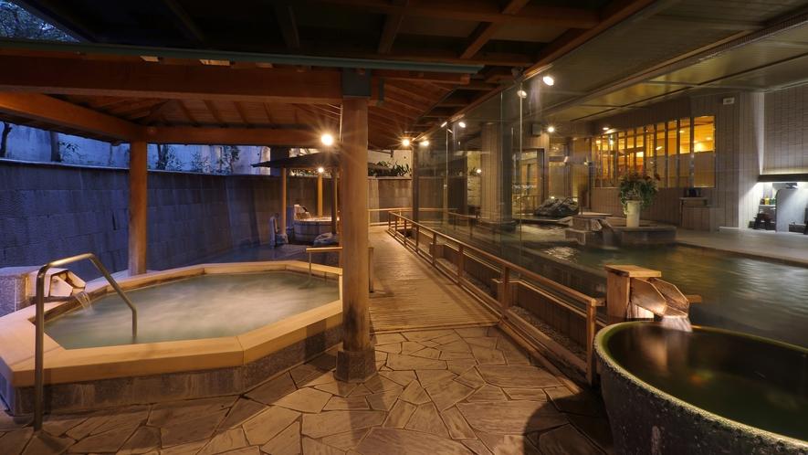 大浴場「白糸の美肌湯」_露天風呂(夜)