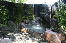 水の音。露天風呂