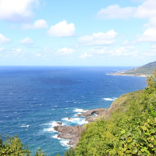 *男鹿の大棧橋/日本海を代表する景勝地。当館からお車で約10分です。