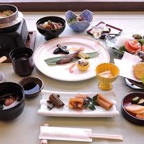 *夕食/グレードアップコース。長野県の食材を知り尽くした料理長が作るグレードアップコース