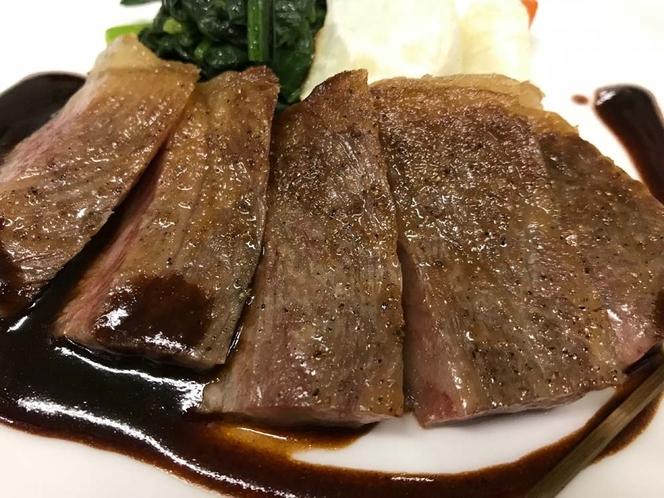 料理イメージ(信州プレミアム牛のステーキ)