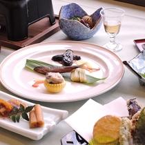 *夕食/スタンダードコース。信州の食材と旬の食材を使ったコース仕立てのお料理です。