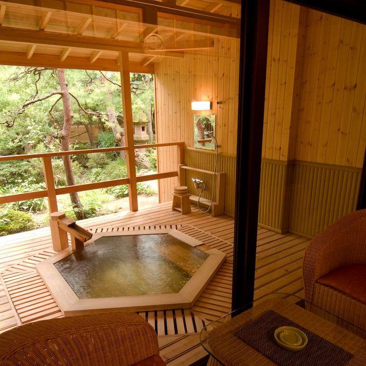 ■露天風呂付客室R106