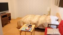 《客室一例》ビジネスに最適6畳洋室。バストイレ付