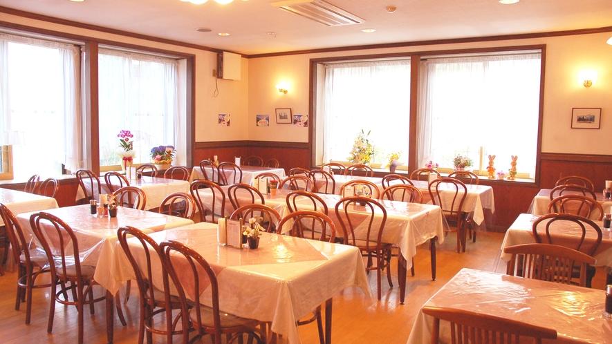 *[レストラン]朝食は7:00~8:30・夕食は17:30~19:00にご用意致します